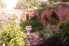 im Klostergarten (3)-min